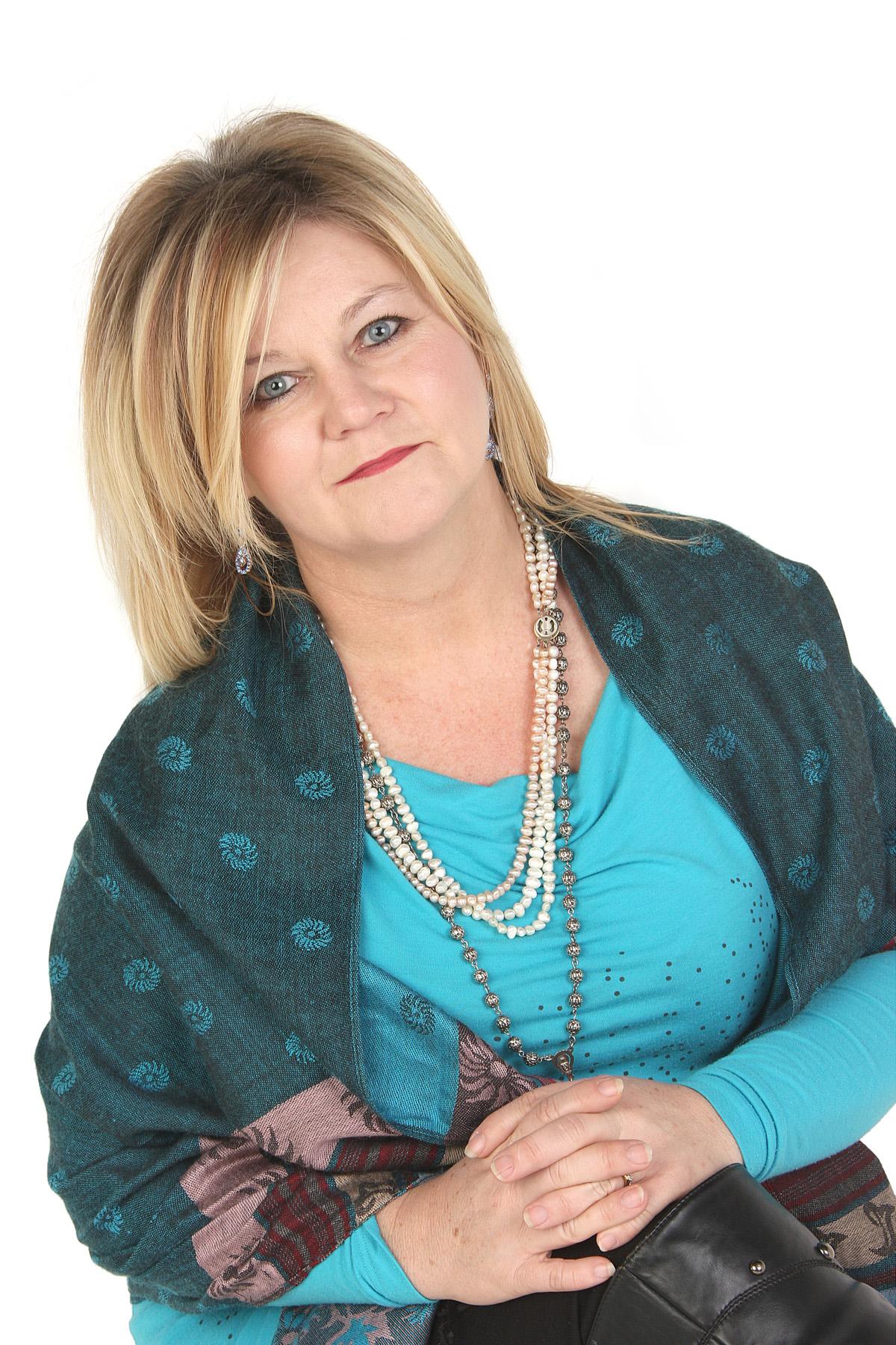 Dina Botha Augustus 2013