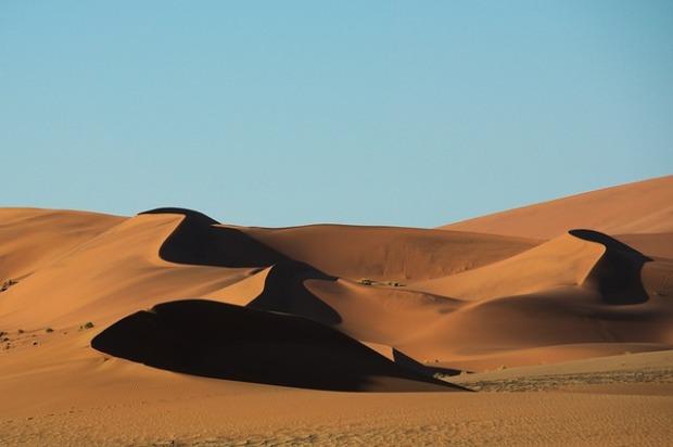 desert-1628420_640